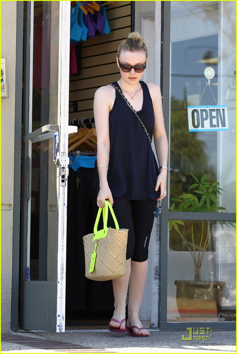 dakota fanning workouts 14