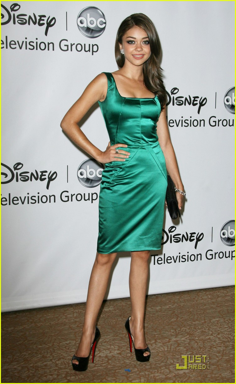 sarah hyland ariel winter abc party 13