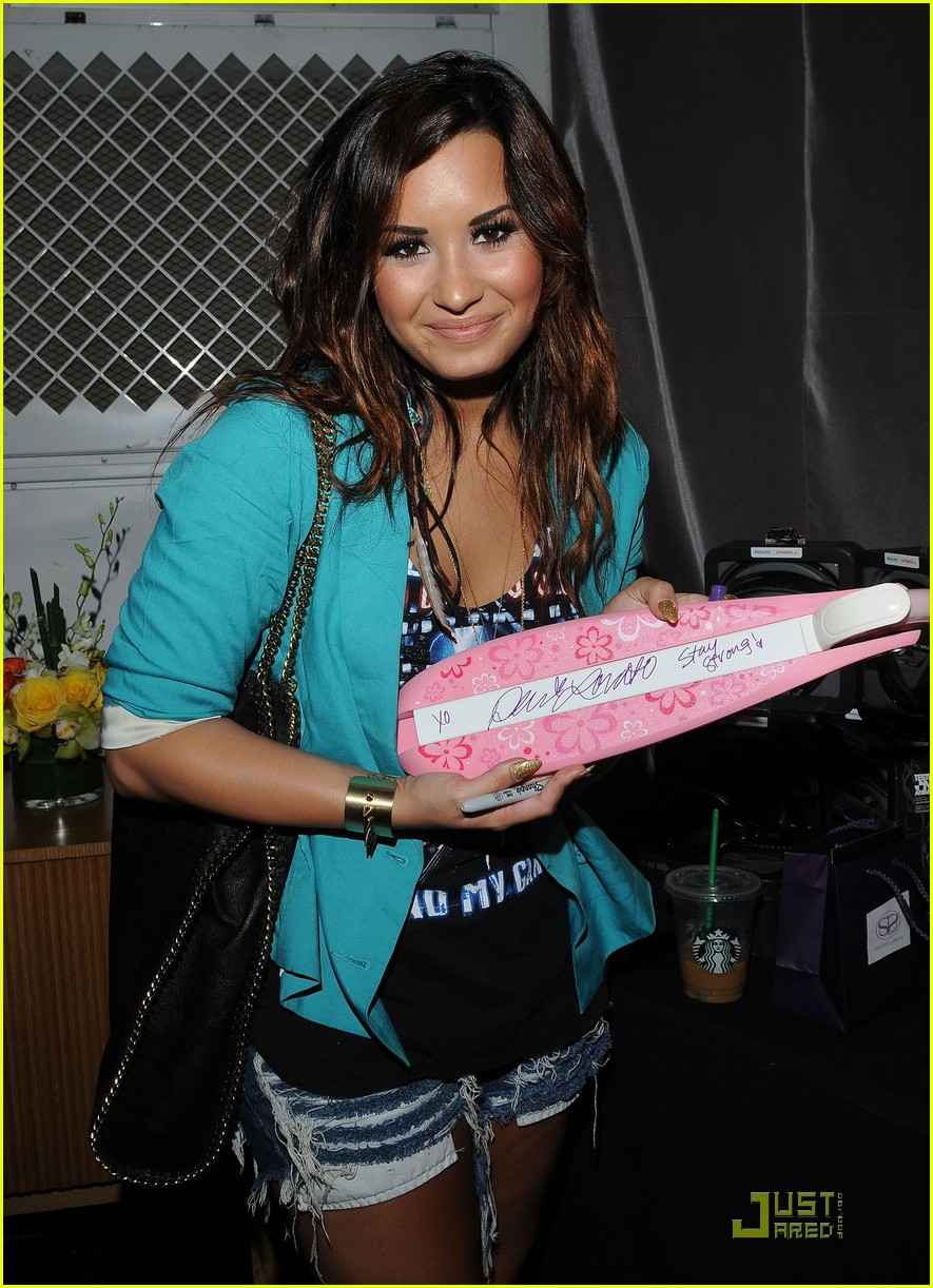 demi lovato selena gomez teen choice 05