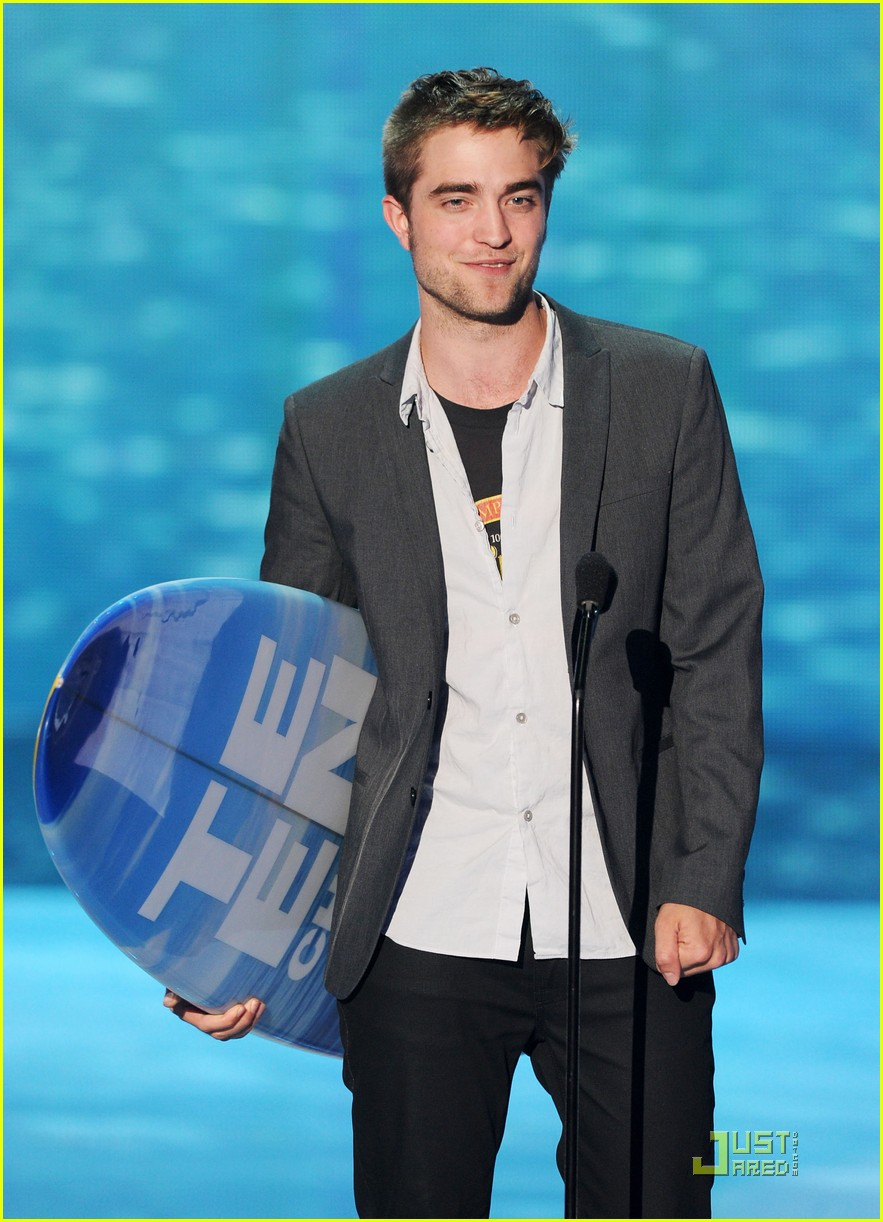robert pattinson tcas 02