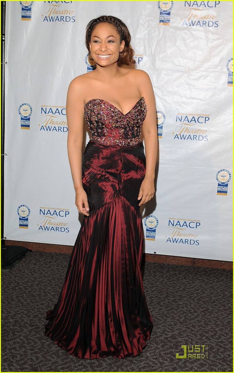 raven symone naacp theatre awards 02