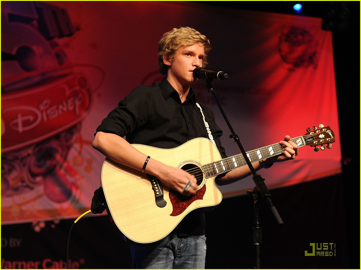 cody simpson new haven show 09