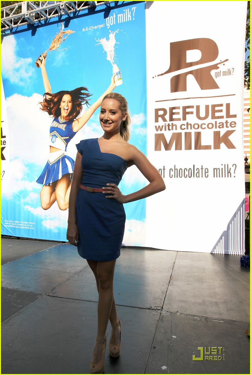 ashley tisdale got milk ad 08