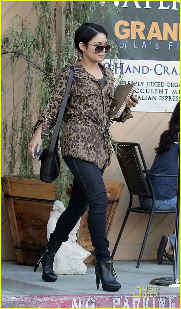 vanessa hudgens ticket leopard 08