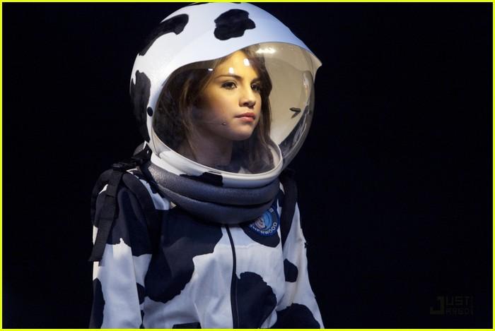 cow astronaut - photo #45