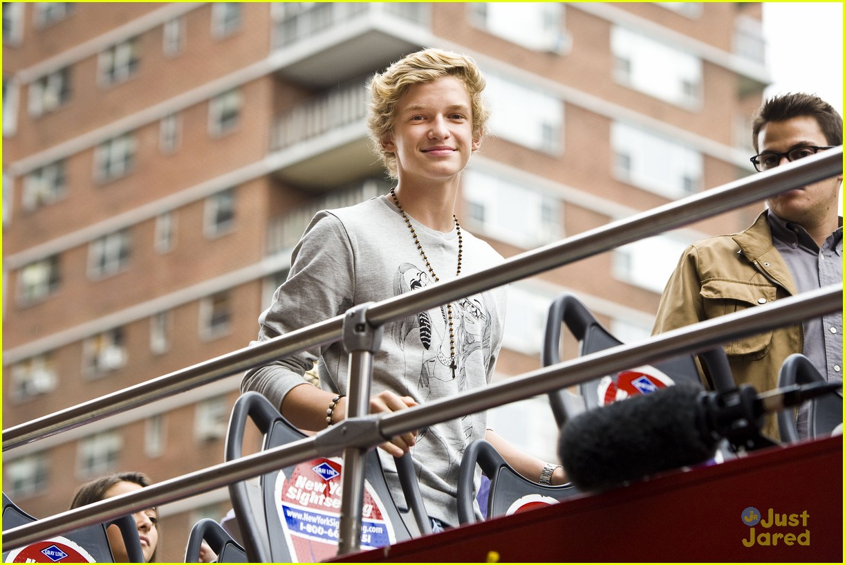 cody simpson bus nyc 11