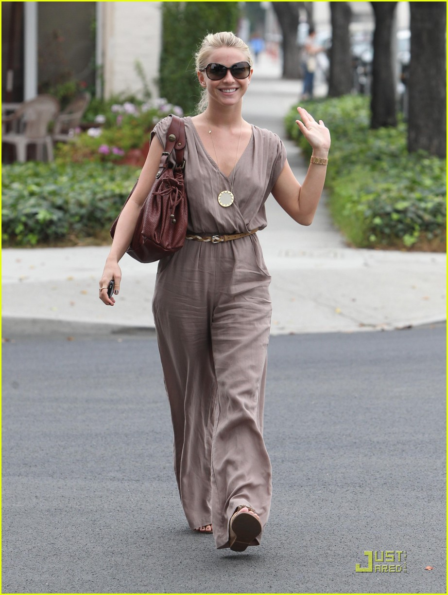 julianne hough salon 02
