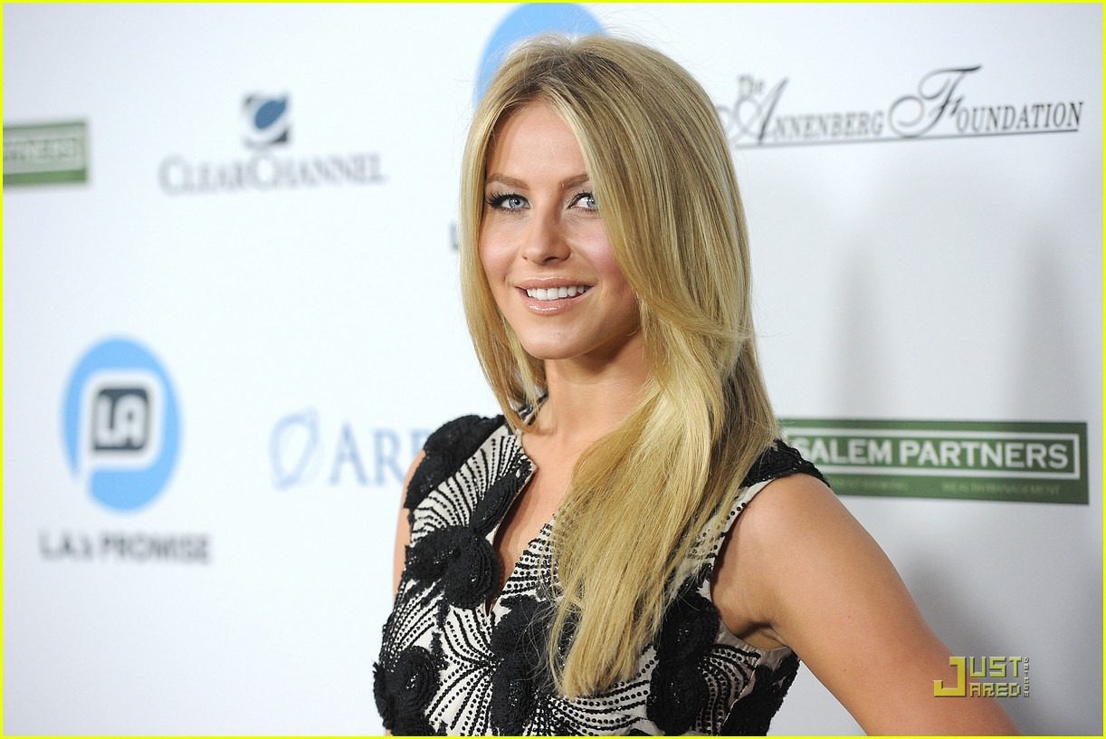julianne hough la promise gala 03