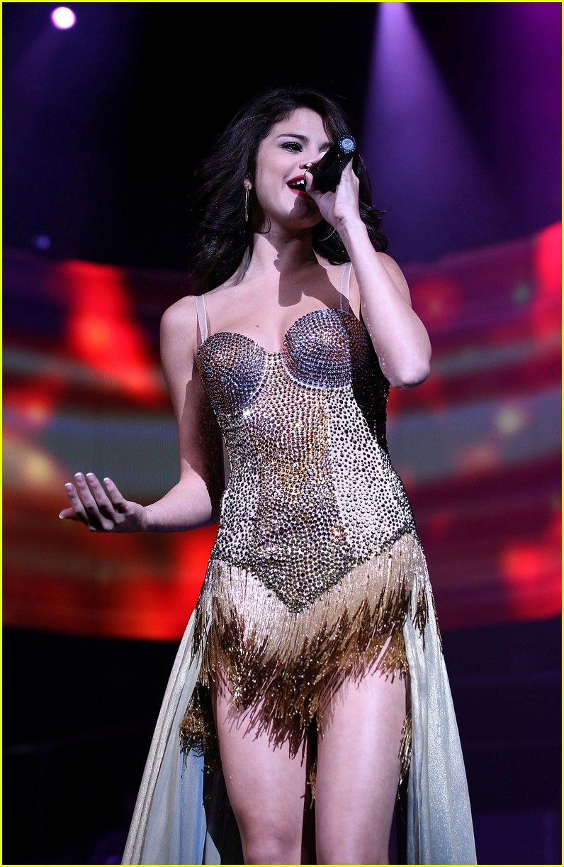 selena gomez mandalay music 20