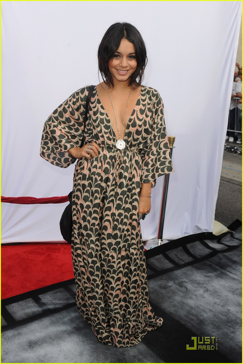 vanessa hudgens stella sunday 06