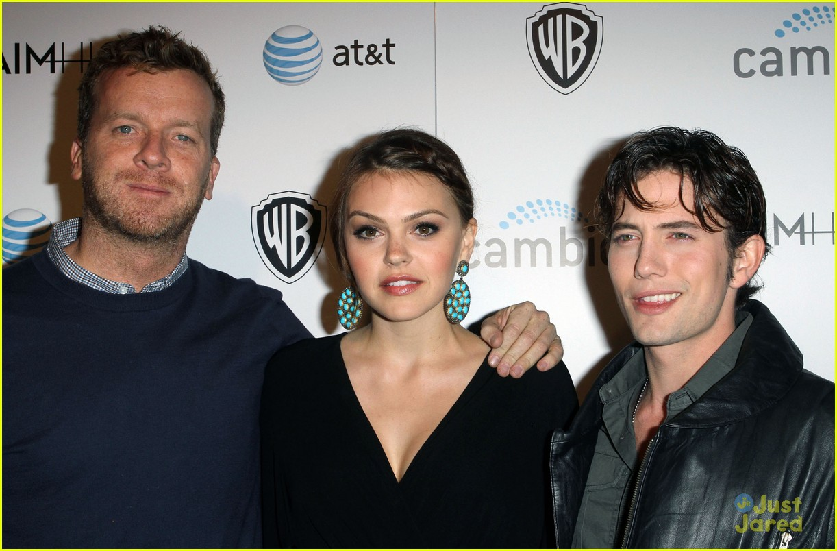 aimee teegarden jackson rathbone aim high premiere 03