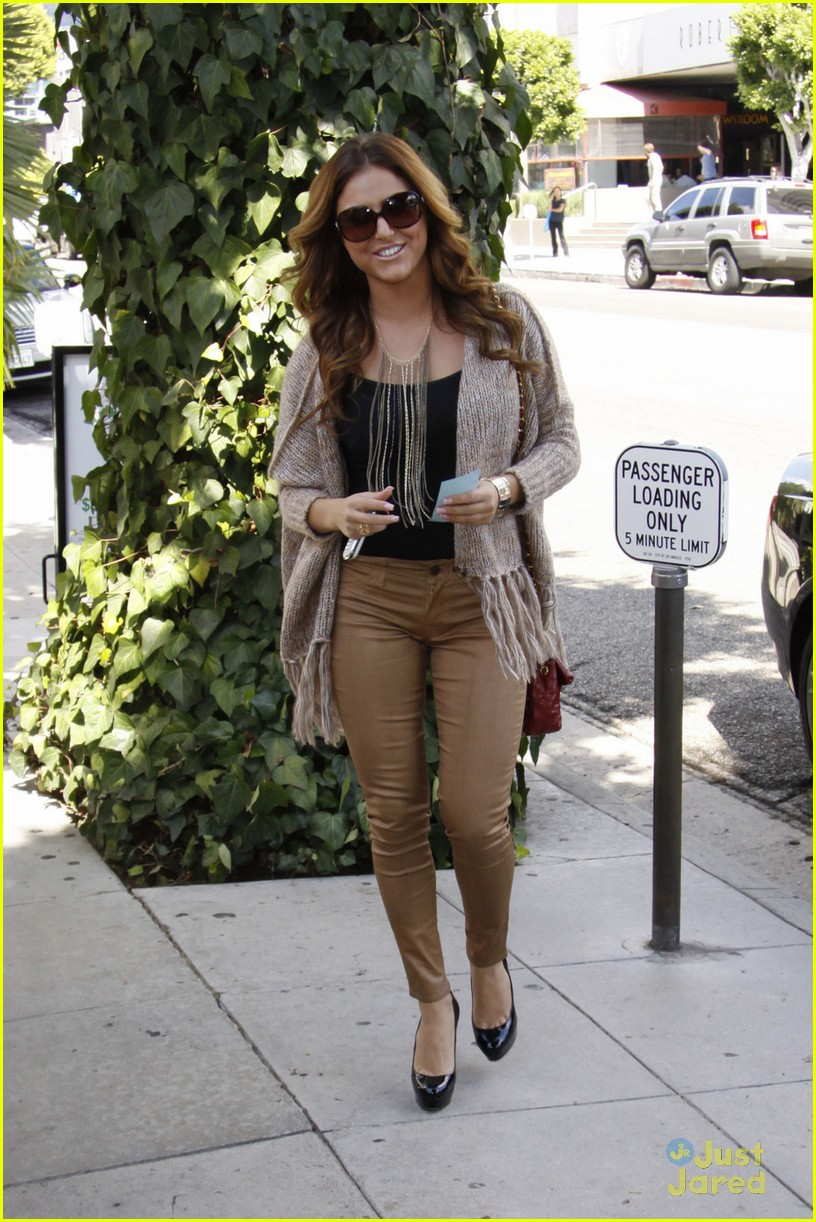 cassie scerbo ivy lunch 01