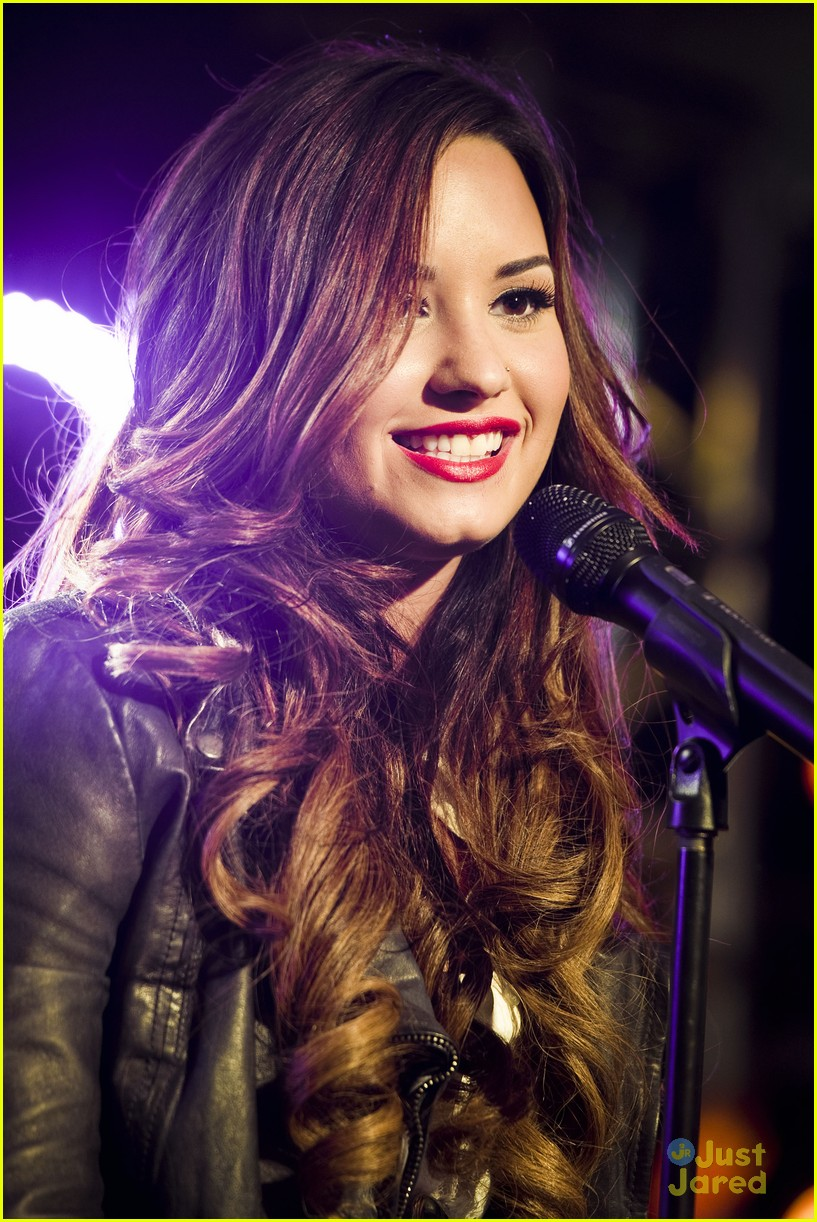 demi lovato z100 jingle ball 04