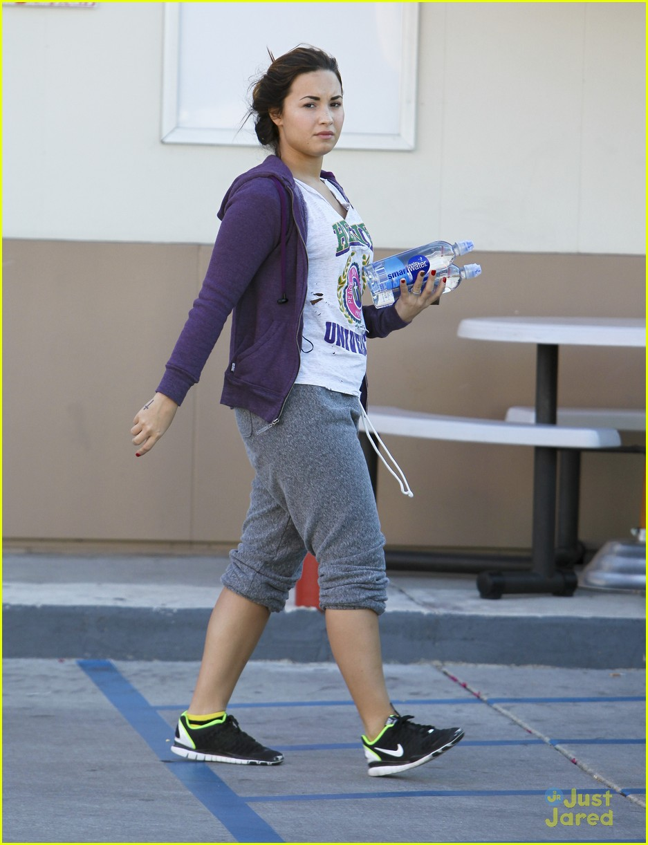 demi lovato smart water 03