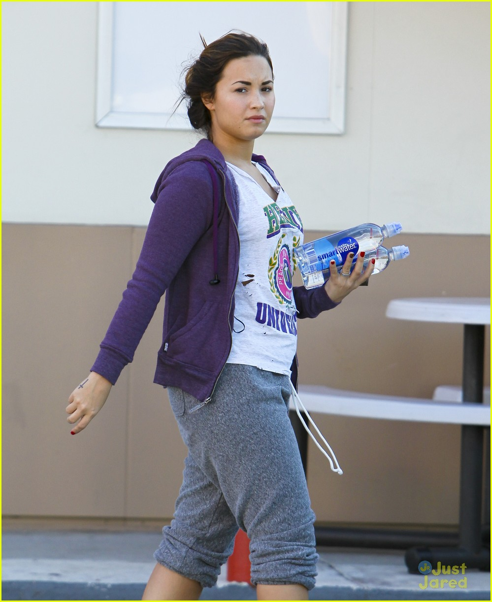 demi lovato smart water 05