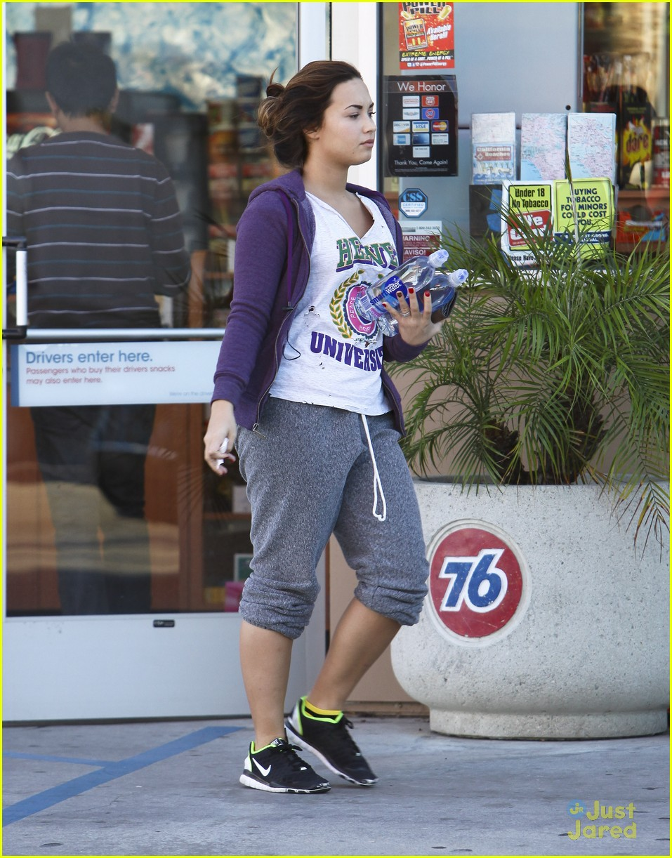 demi lovato smart water 08