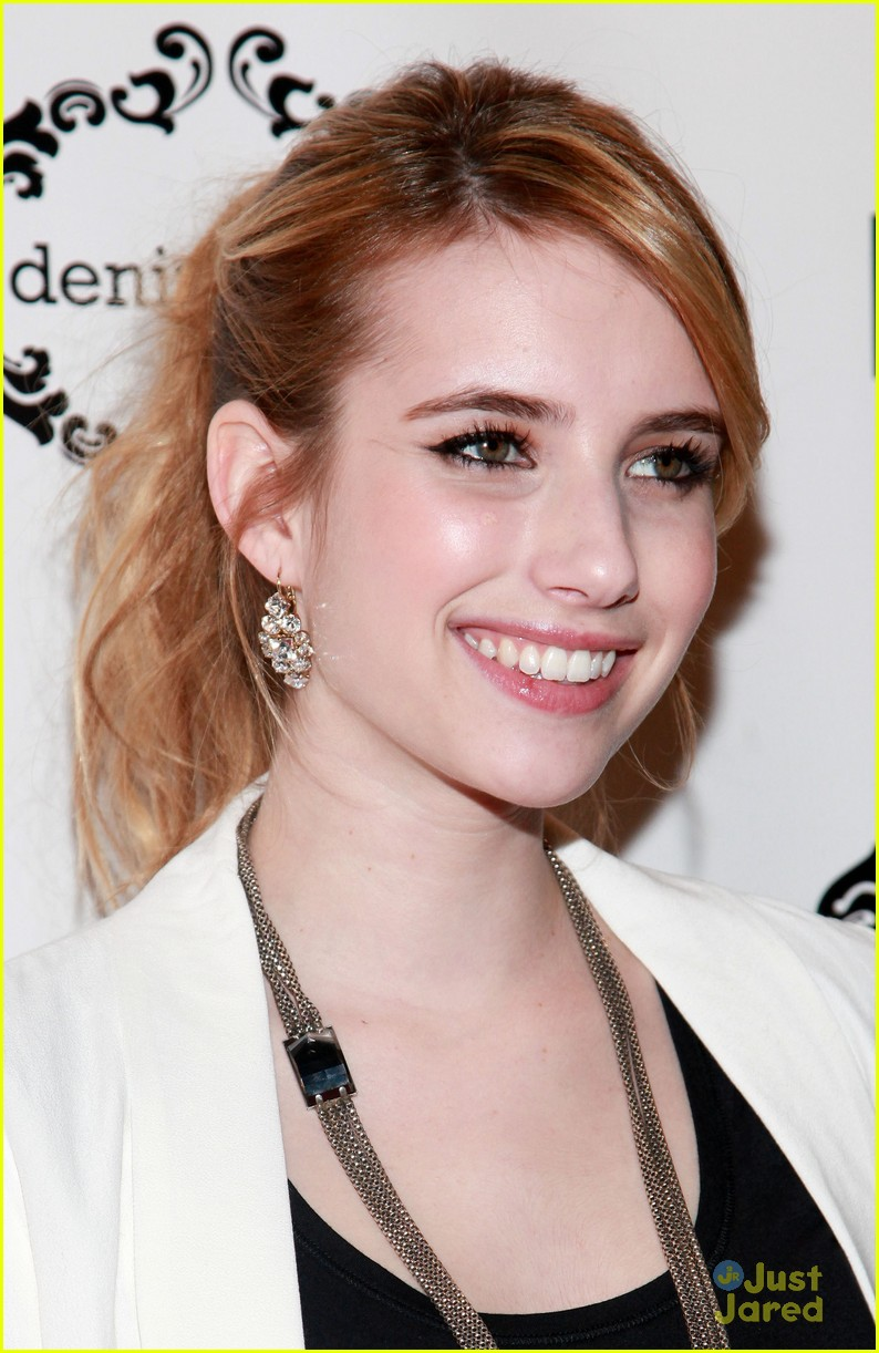 emma roberts denim event 16