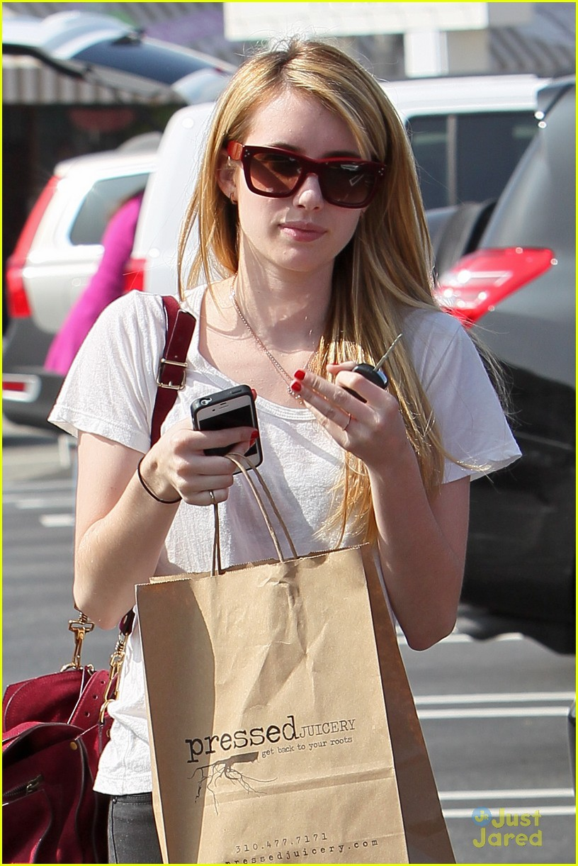 emma roberts mulberry bag 01