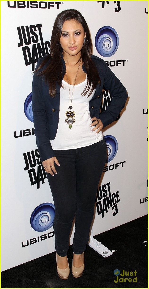 francia raisa just dance 03