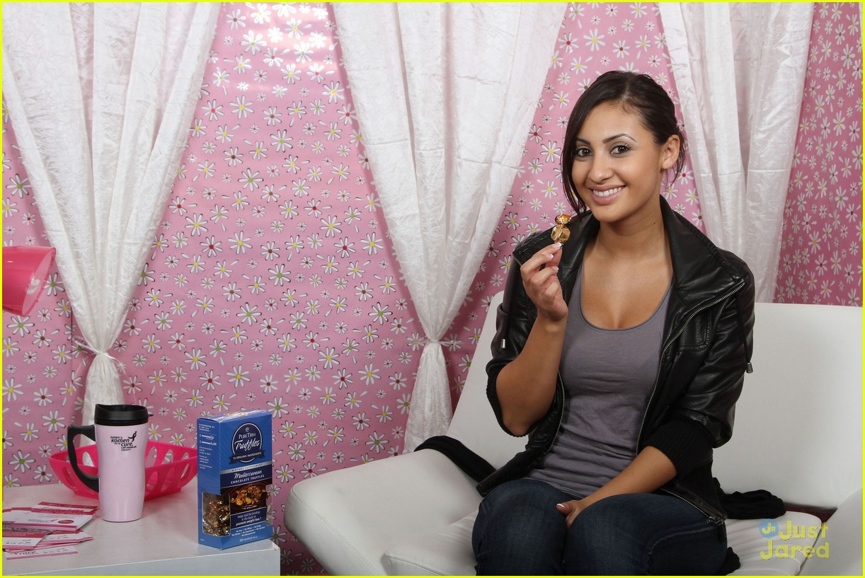 francia raisa gifting services 05