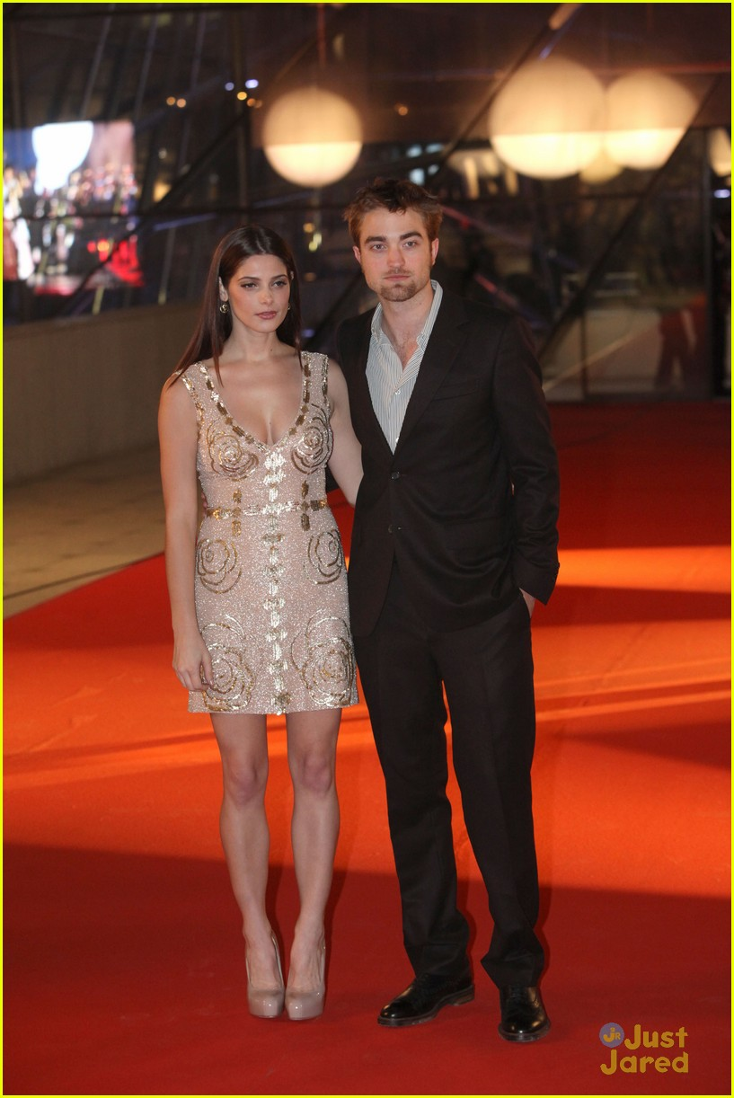 ashley greene rob pattinson brussels 09