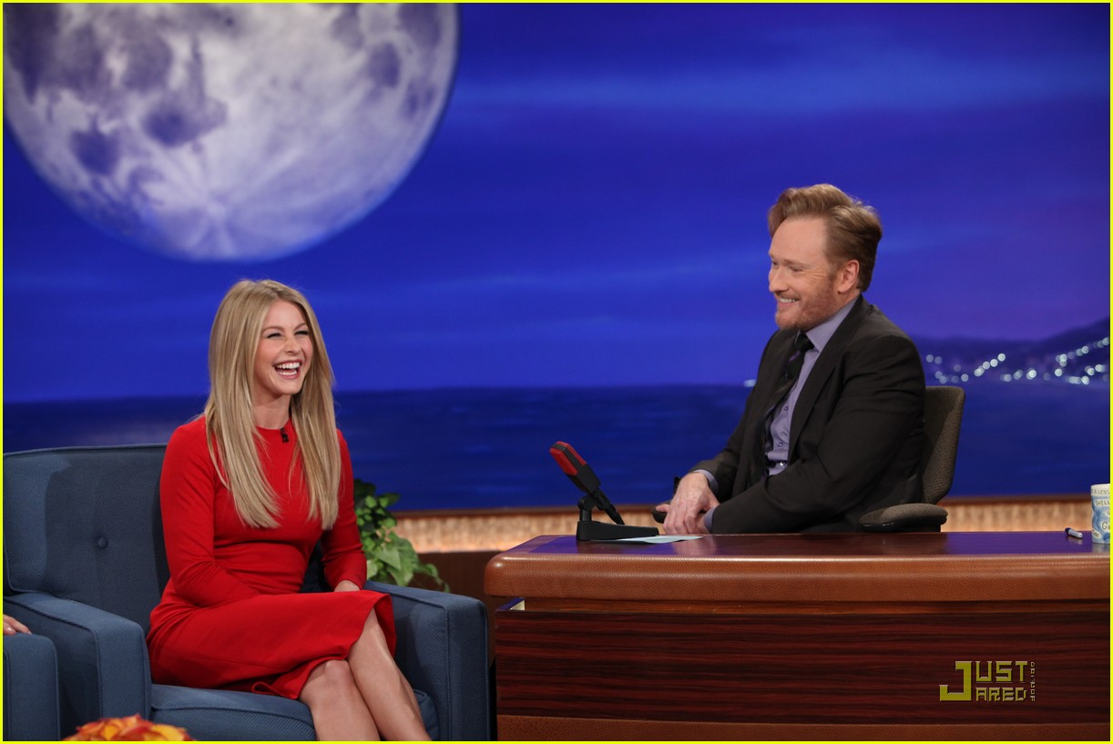 julianne hough conan 02