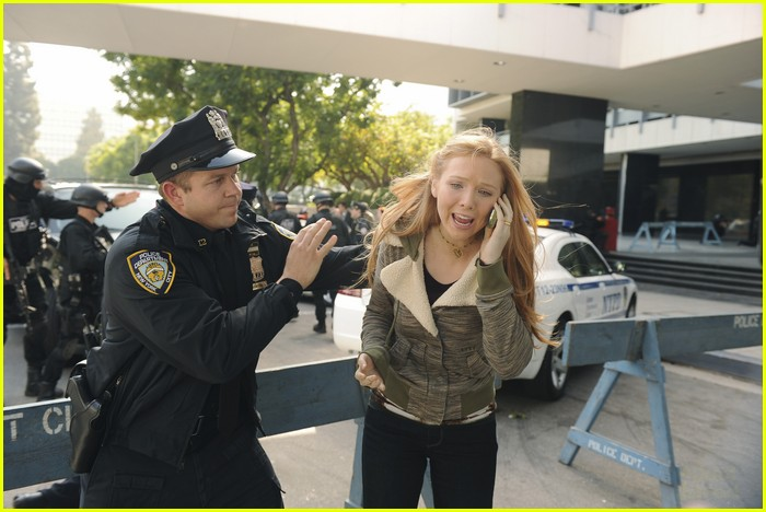 molly quinn nathan fillion 02