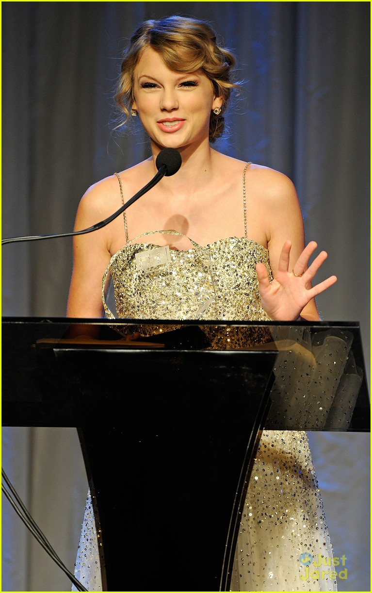 taylor swift songwriter hall fame 03