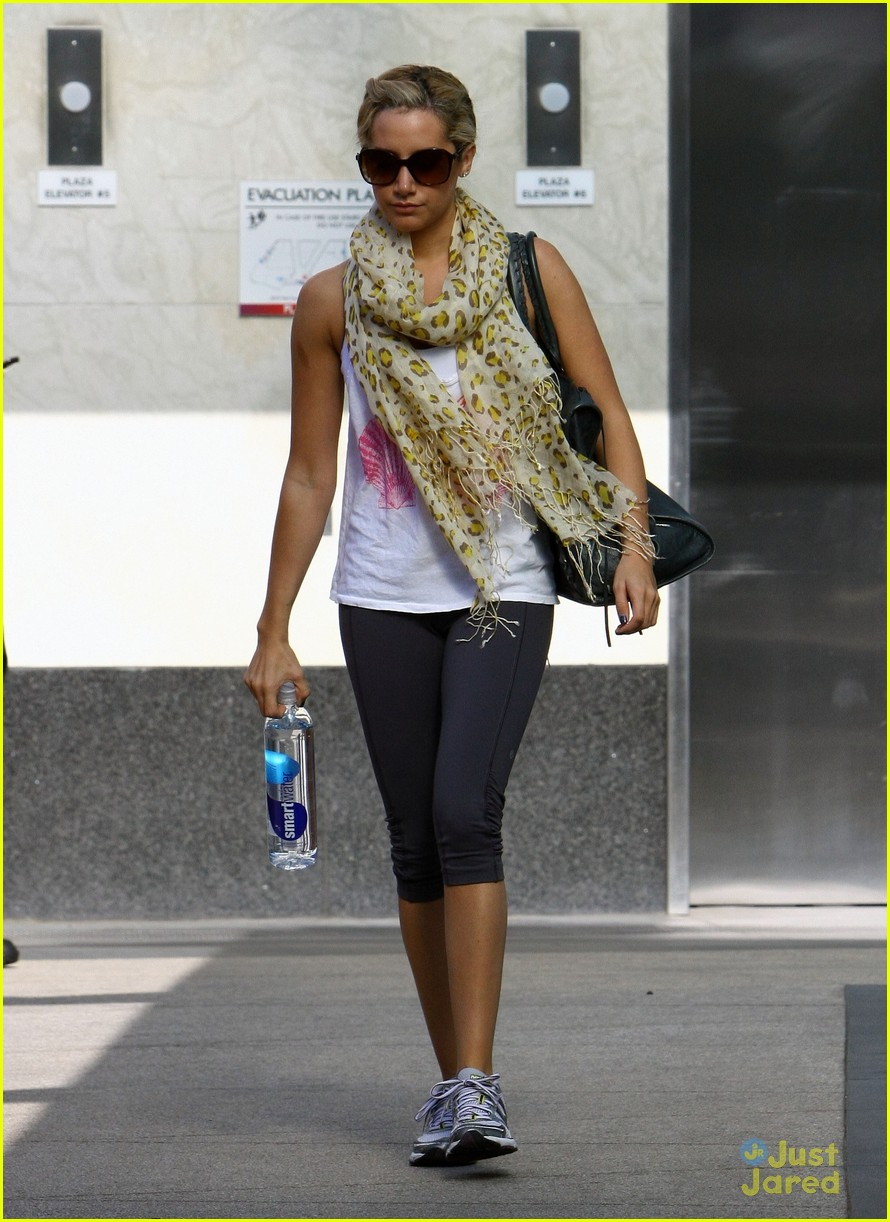 ashley tisdale gym monday 03