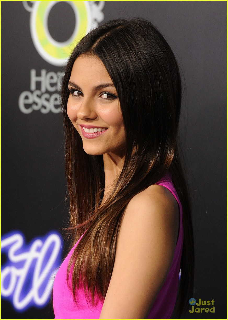 victoria justice footloose premiere 12