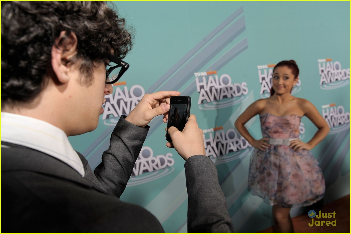 victorious cast halo awards 17
