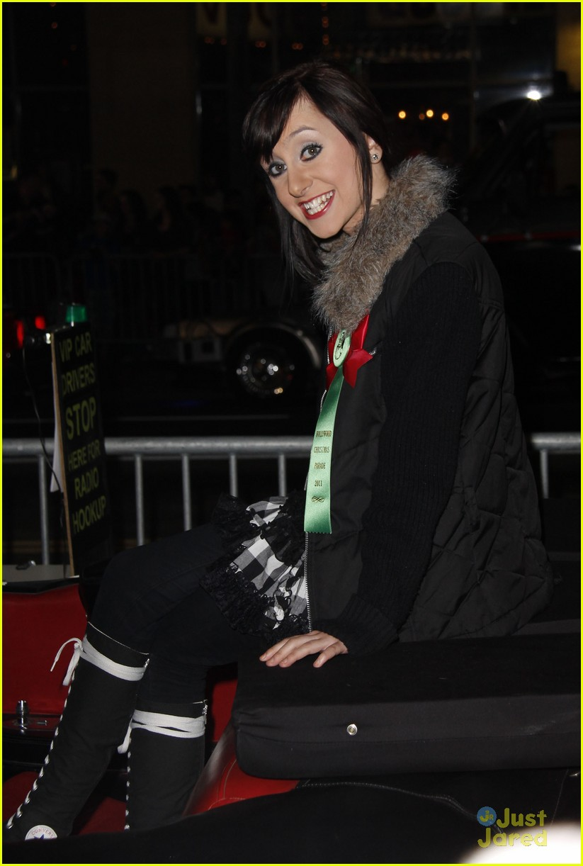 allisyn brochus xmas parade 09