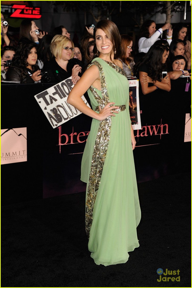 breaking dawn best dressed poll 03