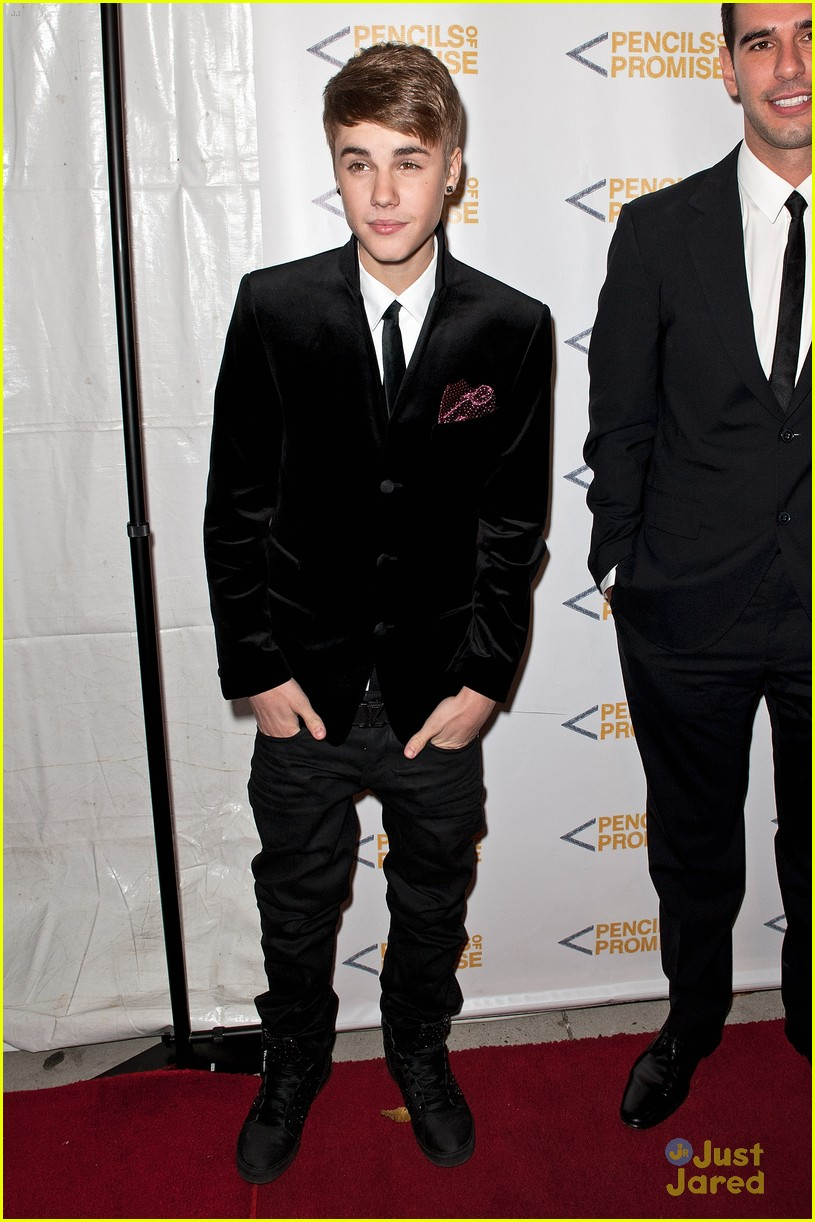 justin bieber promises gala 03