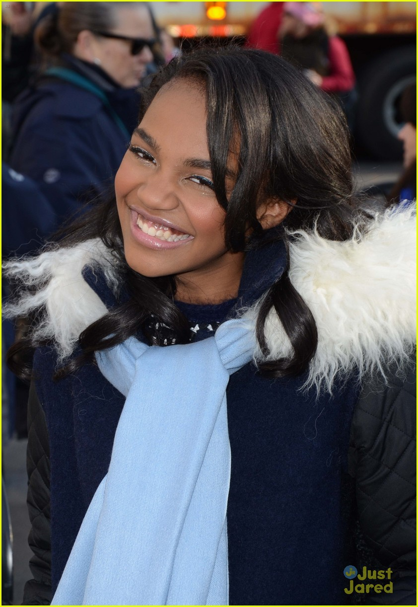 china mcclain macys thanksgiving parade 01