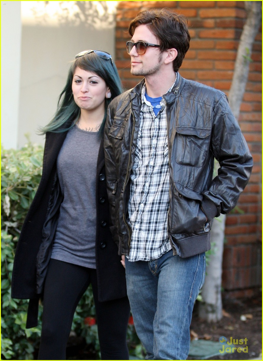 jackson rathbone girlfriend grove 01