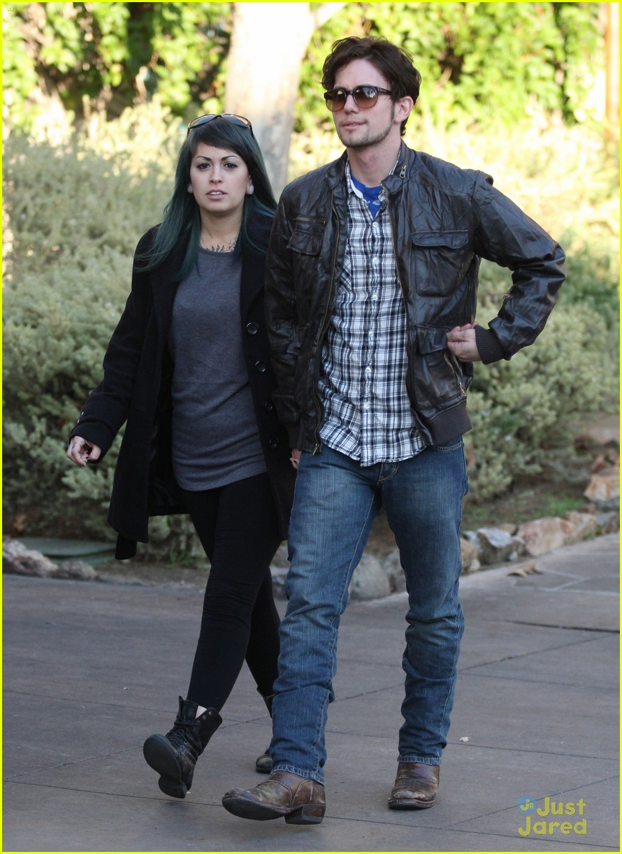 jackson rathbone girlfriend grove 07