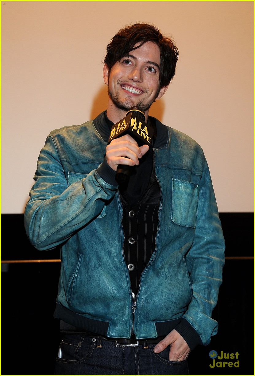jackson rathbone opening night 09