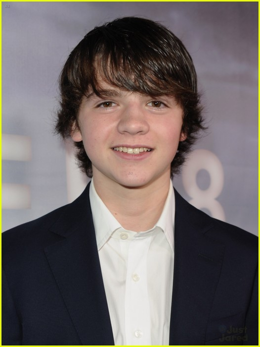 joel courtney википедия
