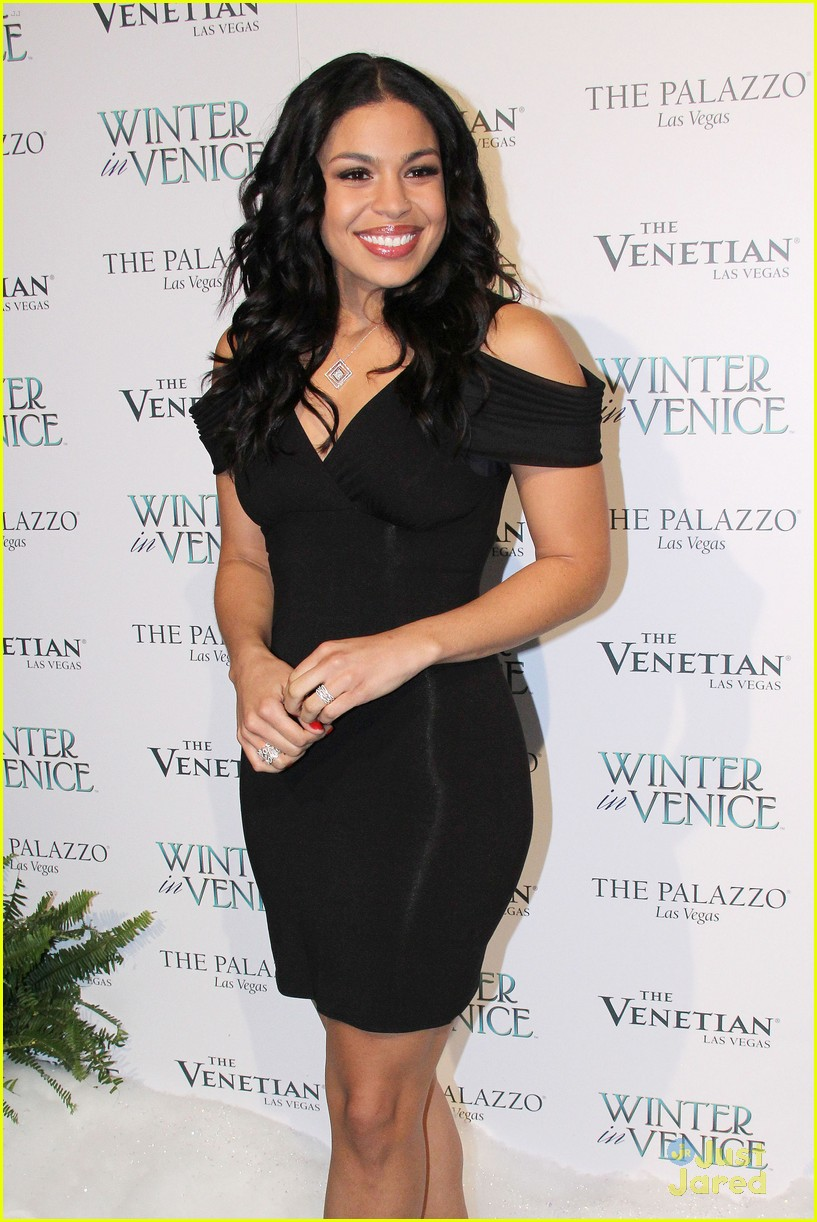 jordin sparks winter venice 01