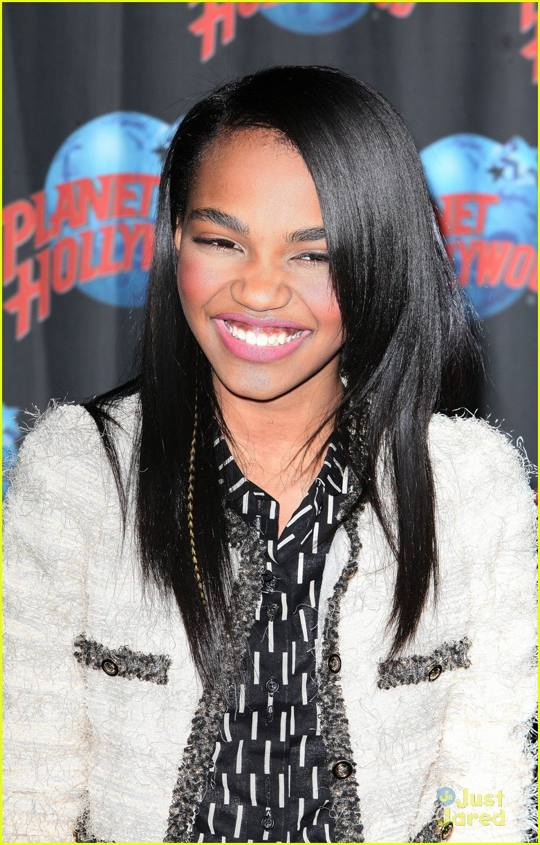 china anne mcclain planet hollywood  10