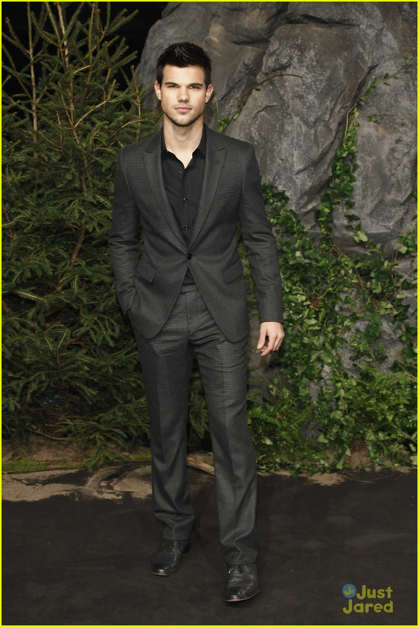robert pattinson taylor lautner berlin 12