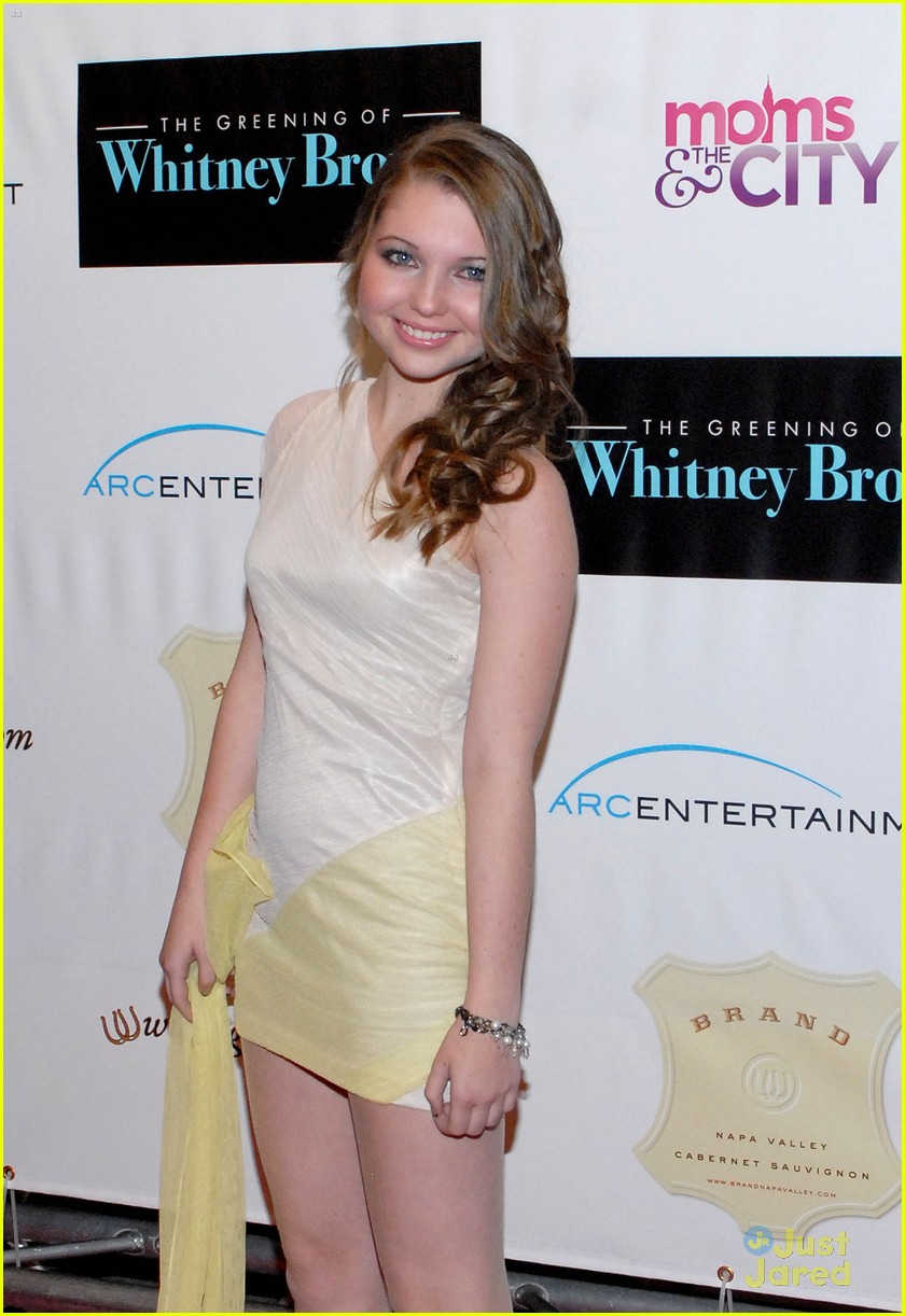sammi hanratty greening premiere 05