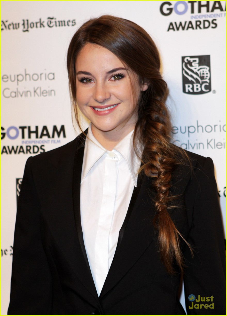 shailene woodley gotham awards 14