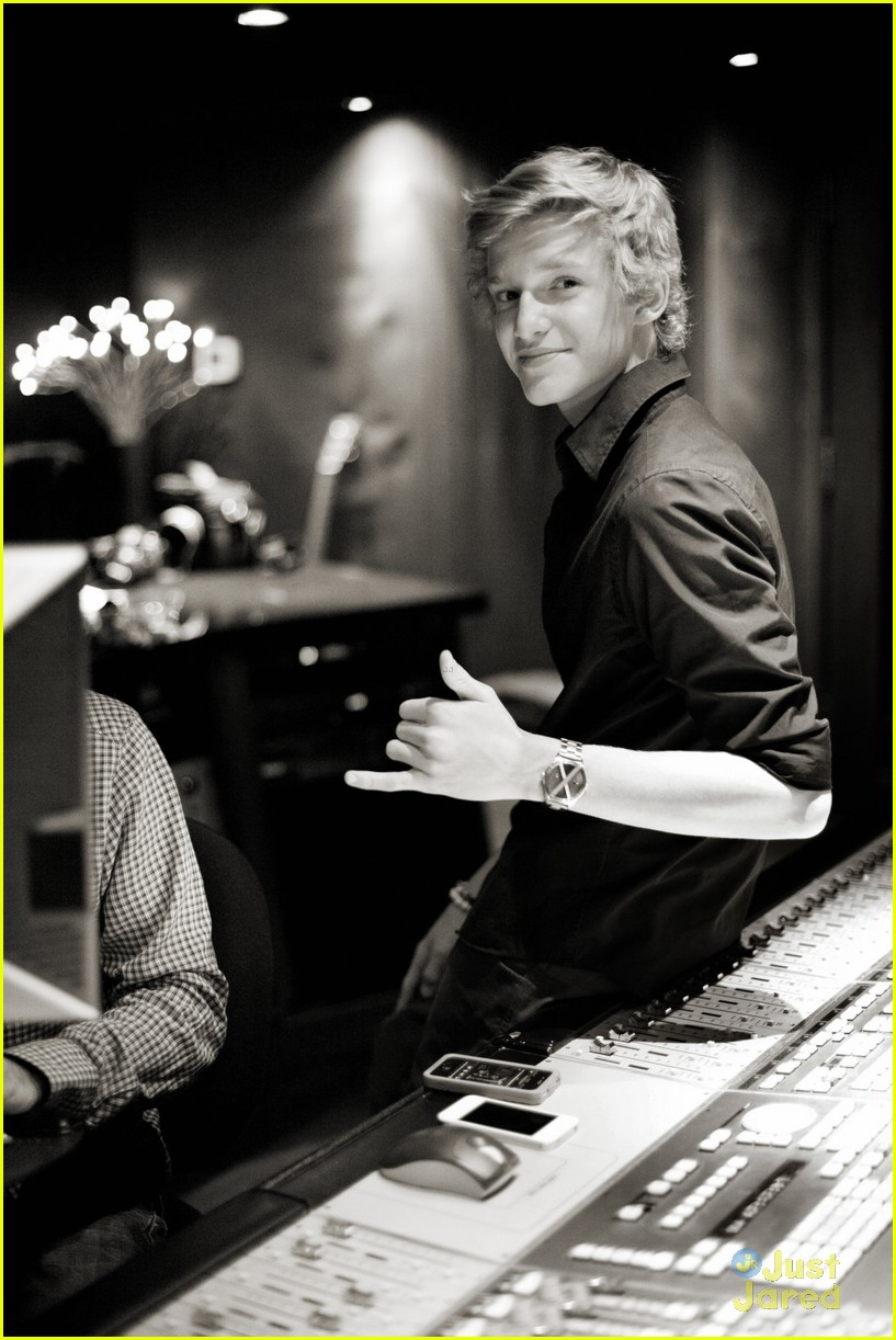 cody simpson studio time 01