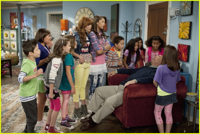 AKSquared Guest Star on Shake It Up! | Photo 449680