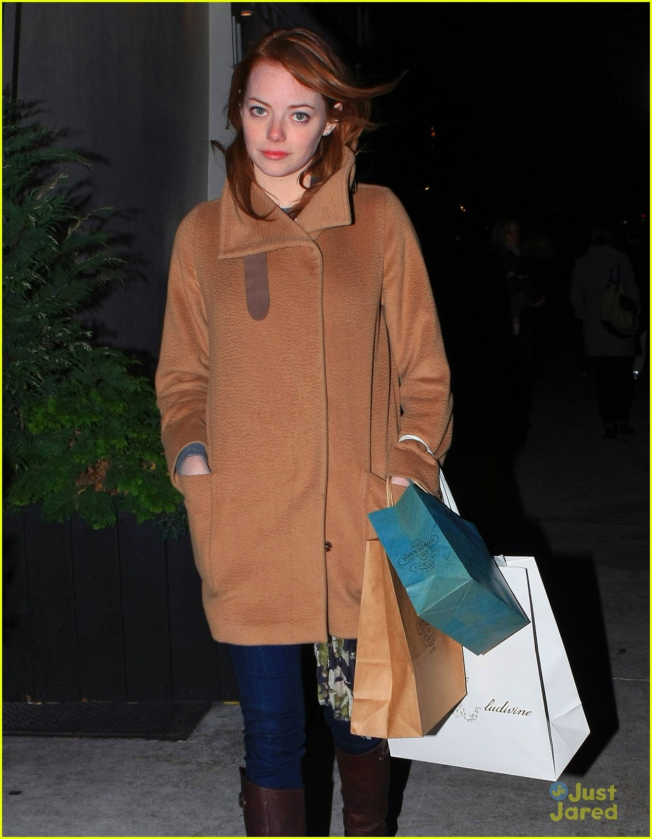 emma stone nyc shop 06