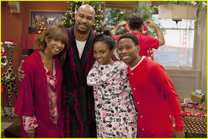 ant farm santa helpers 02