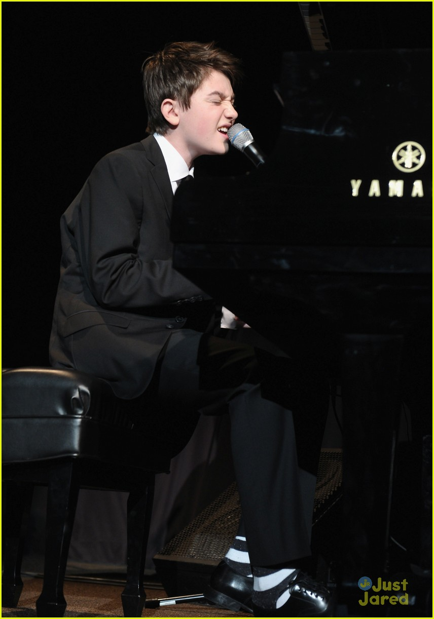 greyson chance bill rights dinner 03