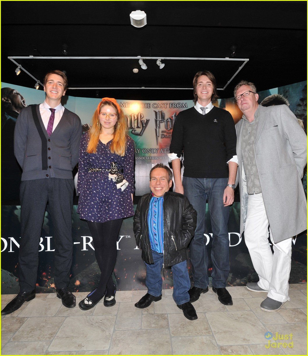 hp cast harrods signing 03